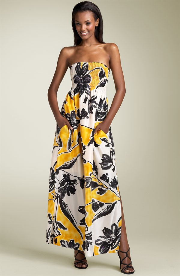 BCBG MAXAZRIA Strapless Print Gown