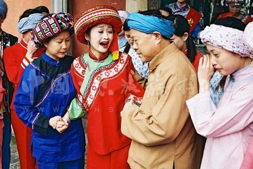 Different Wedding Traditions From Around The World: Crying Ritual Of The Tujia People