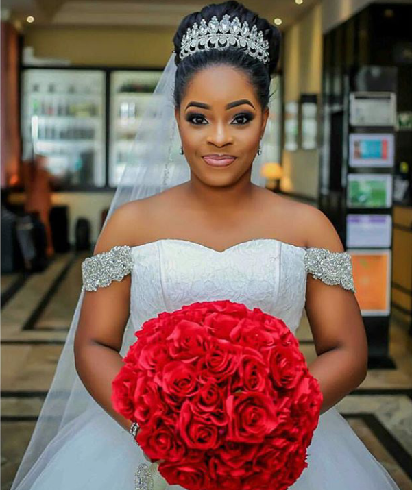 16 Stunning Hairstyles For Nigerian Brides