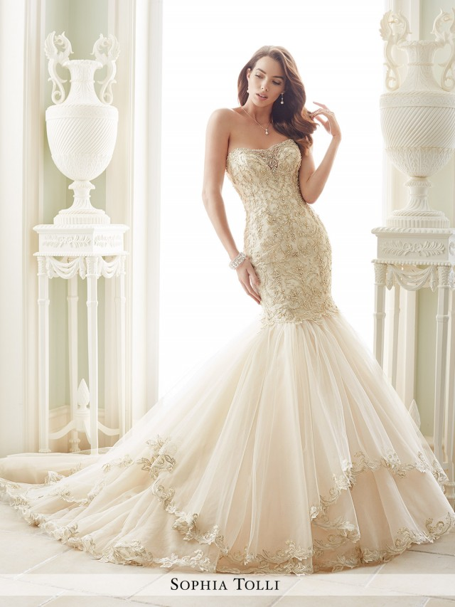 a4d10dff4ca Amalfi Strapless misty tulle and organza trumpet gown with metallic lace