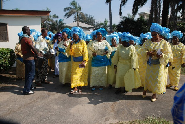 Eight step guide to a yoruba traditional wedding sugar weddings eight step guide to a yoruba traditional wedding sugar weddings parties m4hsunfo