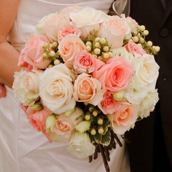 Wedding DIY Tip: Make Your Own Bridal Bouquet From Faux