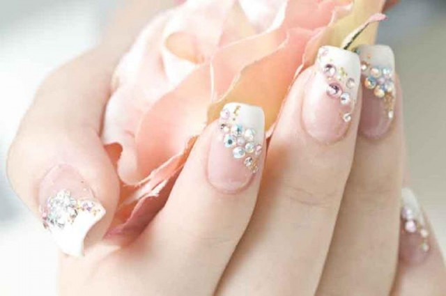 Classy Bridal Nail Designs To Die For