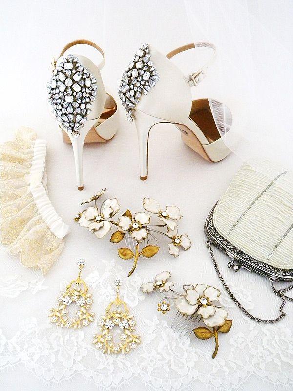 Wedding accessories checklist junglespirit Choice Image