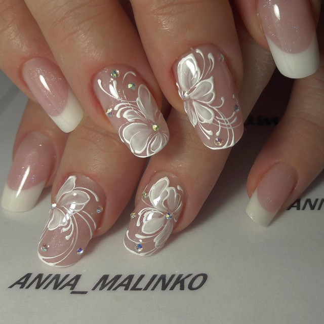If You Re Just That Bride Who Loves Natural Cly And Stylish Looks Can Try Out Some Of These Nails