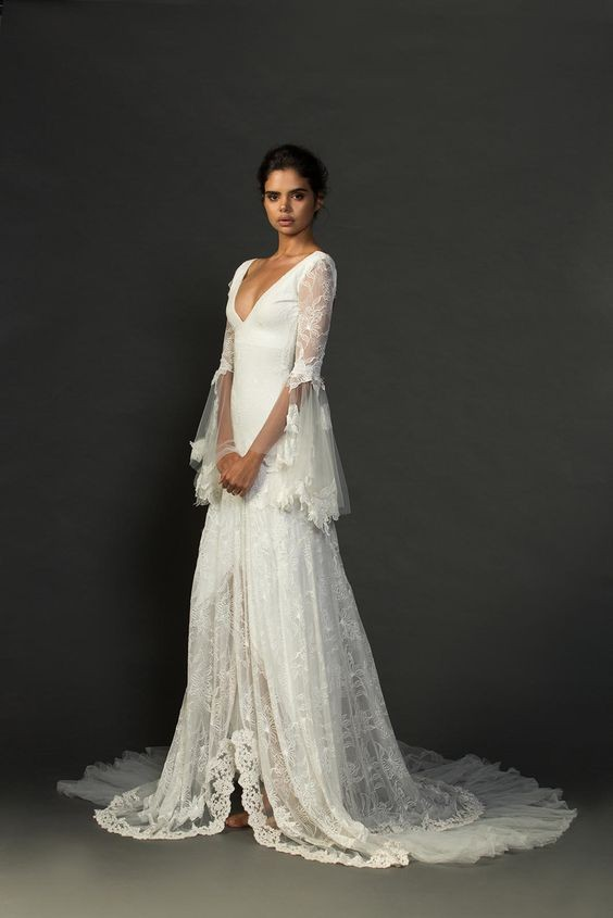 Bridal inspiration 15 lace vintage wedding dresses for for Non wedding dresses for brides
