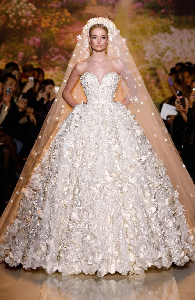 2018 Wedding Dress Trends   Sugar Weddings & Parties
